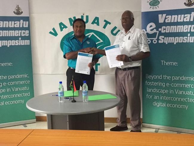 Vanuatu Business Review » Interchange signs sponsorship for e-commerce symposium 2