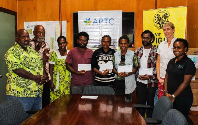 Vanuatu Business Review » APTC hands over bursaries to VIT 2